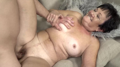 Hot and delicious granny Hettie needs to be fed with young cum