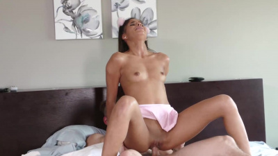 Latina cumslut Katya Rodriguez receives deep creampie