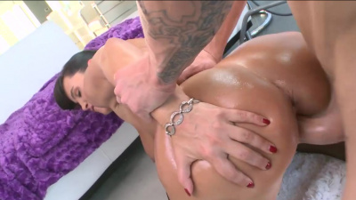 Fine ass milf Lisa Ann gets pounded in every position possible