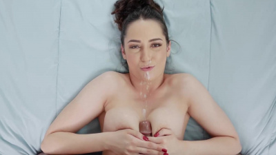 Kyra Rose gentle footjob and tittyfuck