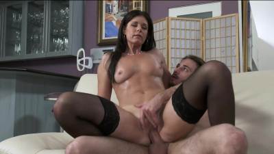 India Summer catches her son's friend's sniffing her panties