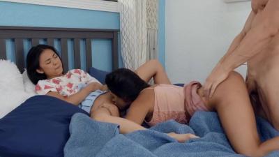 Lulu Chu and Serena Santos creamy threesome