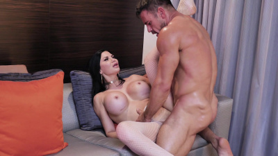 Glam milf Jasmine Jae takes huge cock in her greedy pussy and wet mouth