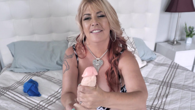 BBW mature Joclyn Stone dirty talk