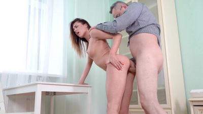 Straight A student Arya Stark gives teacher a deep blowjob and later opens her pussy and asshole
