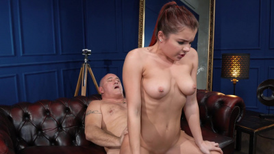 Sexy teen Renata Fox takes a vintage cock in her wet pussy