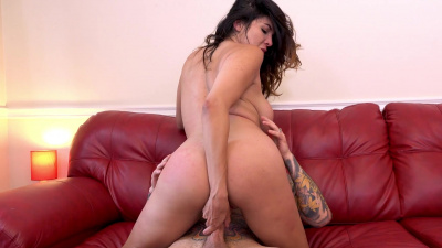 Divorced housewife Missy Martinez goes on a sex rampage