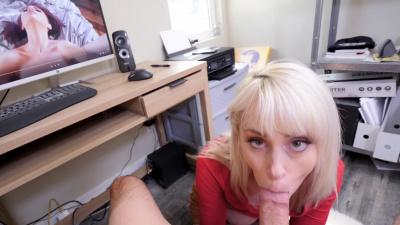 Platinum blonde milf Maxim Law helps her stepson to get off