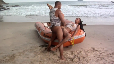 Sexy latina Emanuelle Diniz getting boned by the ocean