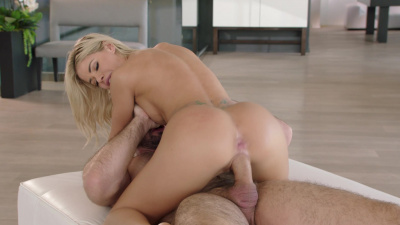 Jessa Rhodes goes on anal rampage after divorce